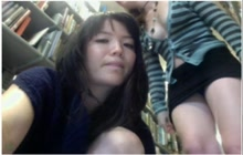 Aziatisch meisje en haar vriendin naakt