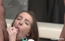 Teen needs some anal action